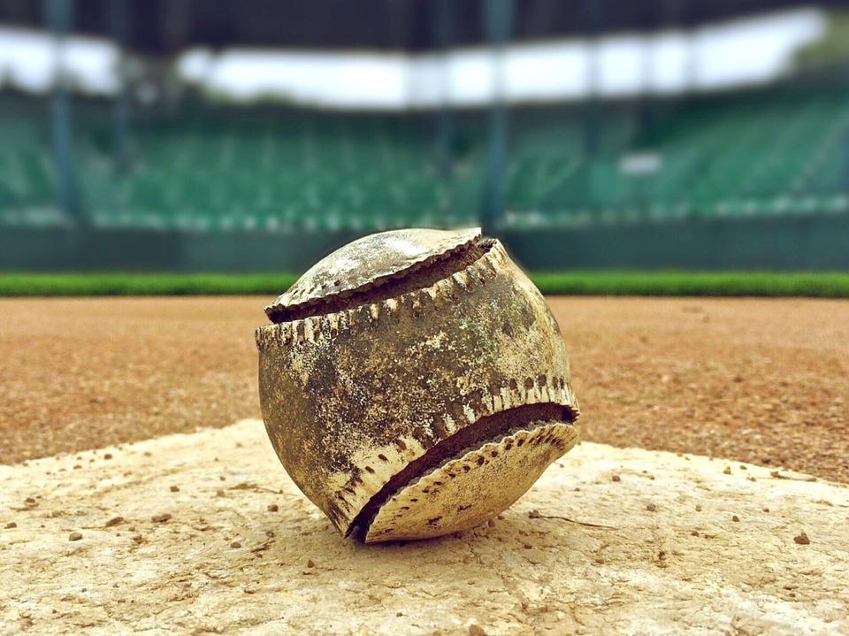 baseball-1091210_960_720